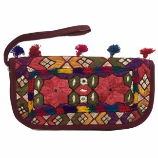 pakistani embroidered clutch