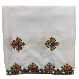 white sindhi shawl