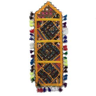 sindhi letter hanger
