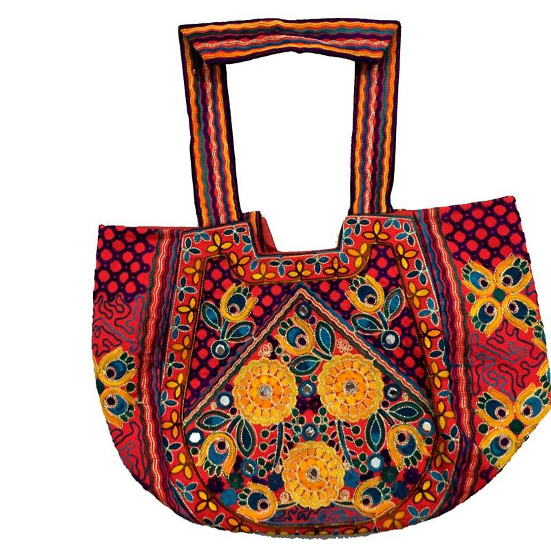 ... ladies Mirror Work hand bag. 🔍. handbag for pakistani eaed0e40f1ea5